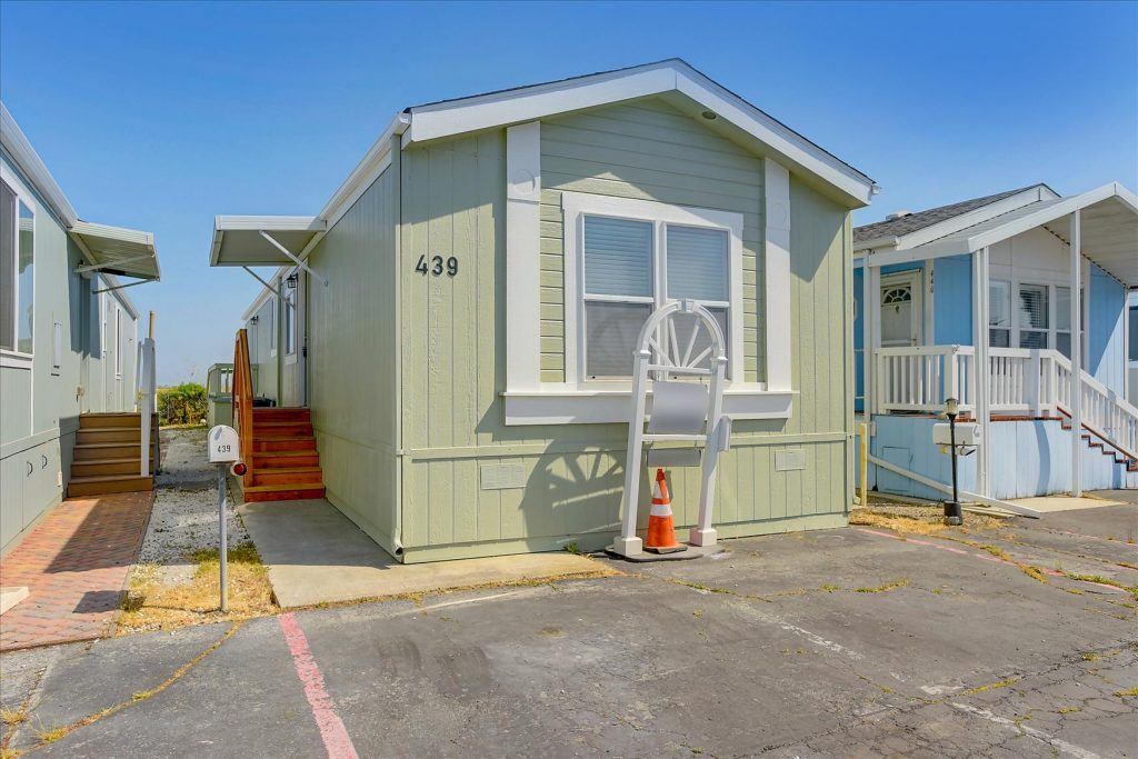 Harbor Village #439